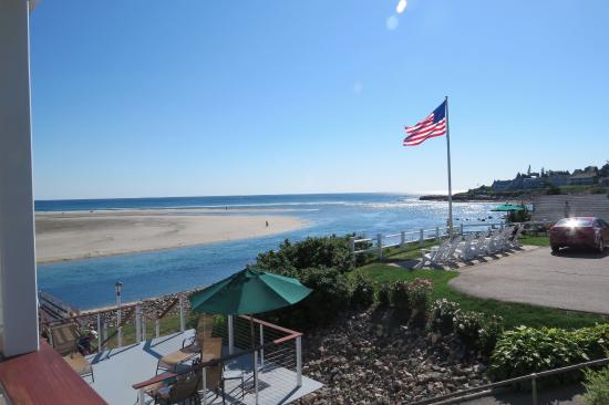 Sea Chambers Motel: View from the room door