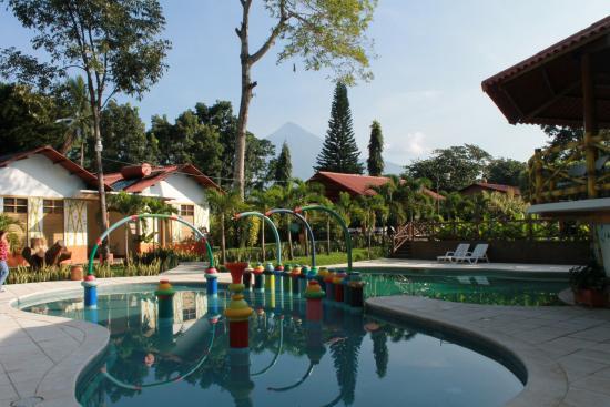 Foto de hotel y bungalows el jardin retalhuleu area de for Bungalows el jardin retalhuleu guatemala