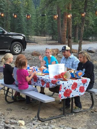 Woodlake Park Campground & Cabins