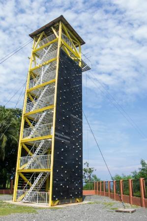 Parola Park: Tower face for wall-climbing