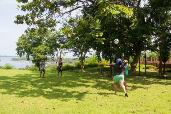 Parola Park: Grassy lawn for outdoor activities