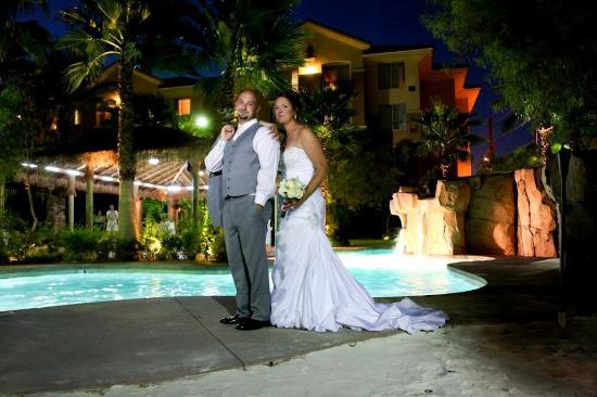 vegas weddings we loved our wedding at the hilton garden inn south las vegas strip - Hilton Garden Inn Las Vegas