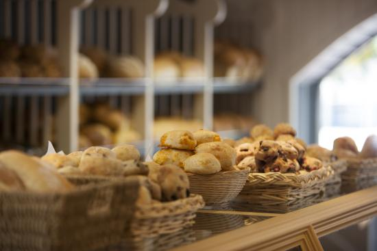 Saint Donat, Kanada: Bread show cases