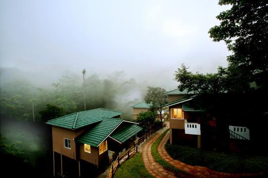 لاكيدي, الهند: room side