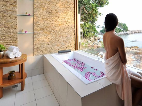 Image result for spa  bathtreatment images