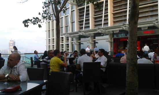 Red International Restaurant & Bar (Pure fitness): Alfresco dining
