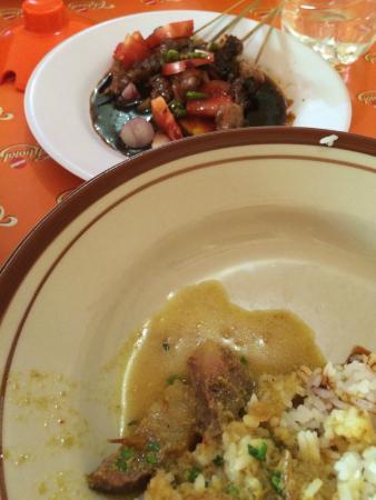 Empal Gentong Mang Darma: Empal Gentong with rice & Sate Kambing Muda