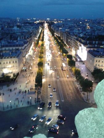 Champs-Élysées : view of champs elysees from arc de triomphe