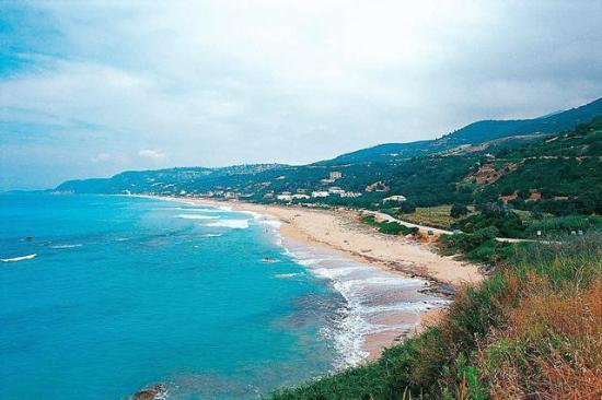Vrachos Beach Hotel: beach