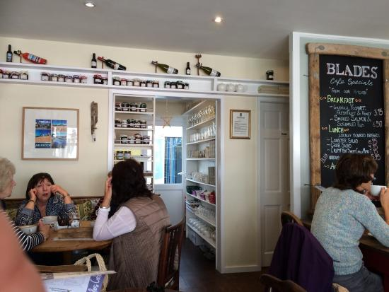 Blades Cafe: photo0.jpg