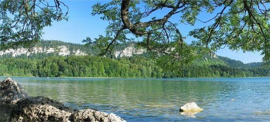 Auberge des 5 Lacs: Lac d'Ilay