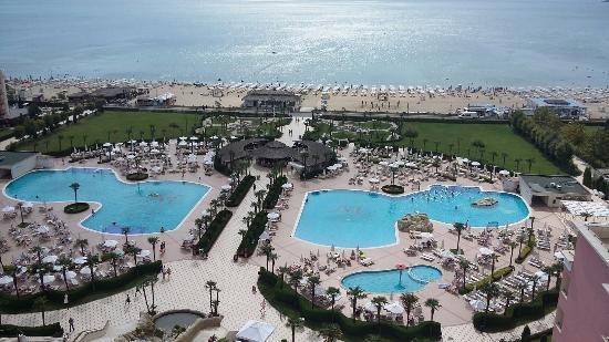 DIT Majestic Beach Resort: Sunny Beach at Majestic Hotel