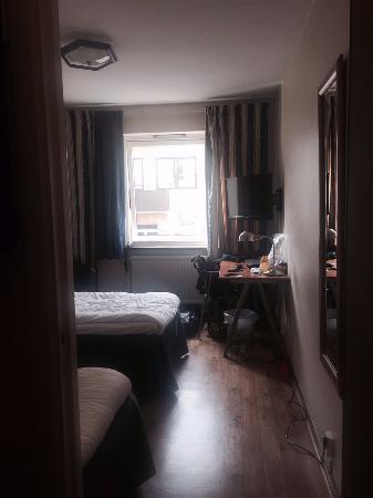 Hotel Goingehof: Room from doorway