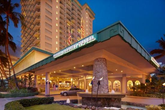 Waikiki Resort Hotel : Porte Cochere