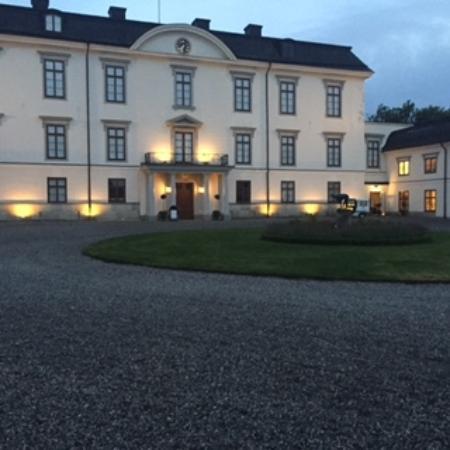 Rosersbergs Slottshotell: View of Castle