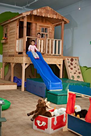 Delta Hotels Kananaskis Lodge: Play House