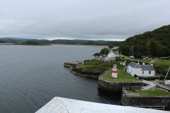 Crinan Hotel : crinan Lighthouse from room 34