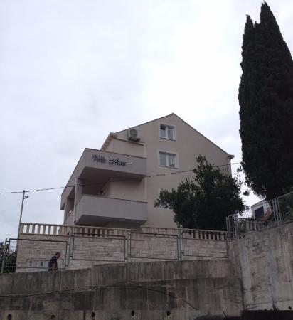 Apartments Aura: Vista exterior
