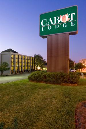 Cabot Lodge Millsaps