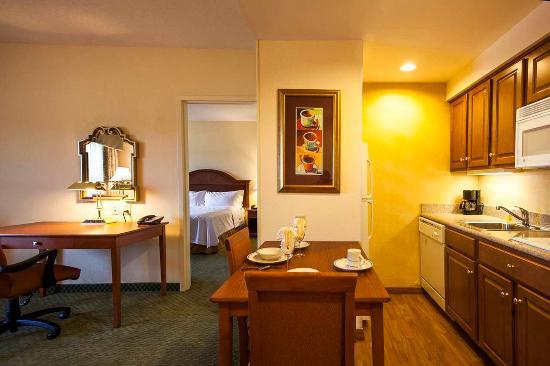 Audubon, Pensylwania: Suite Kitchen