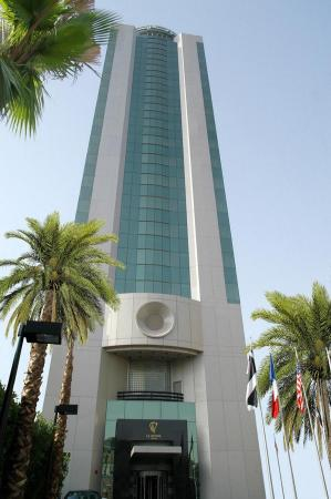 Le Royal Tower Hotel: Exterior at Le Royal Tower Kuwait