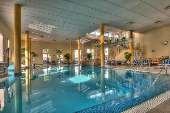 Piscina caoperta - Picture of Hotel Terme Belsoggiorno ...