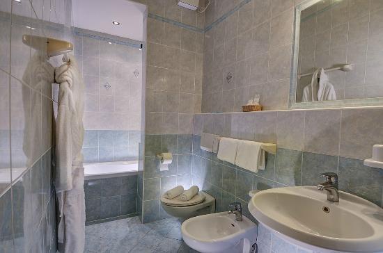 Sala ristorante - Picture of Hotel Terme Belsoggiorno, Abano Terme ...