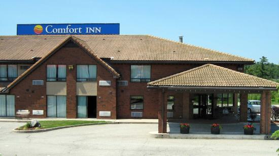 Welcome to the renovated Comfort Inn Parry Sound!