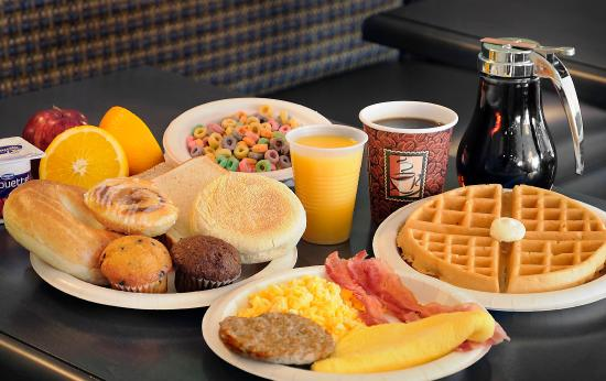 Comfort Inn: Full hot breakfast! Free!