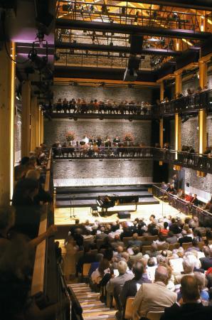 Comfort Inn : Theatre