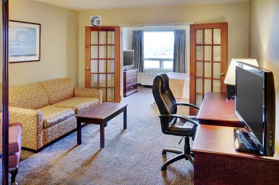 Travelodge Hotel Sudbury: Spacious Suite