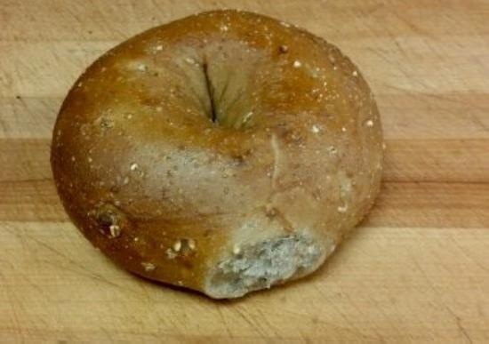 LOX of Bagels : Multigrain bagels from Lox are the best!