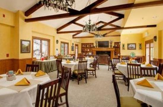 Lighthouse Lodge & Cottages: Restaurant