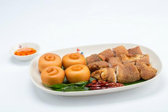 Con Ga Trong Restaurant