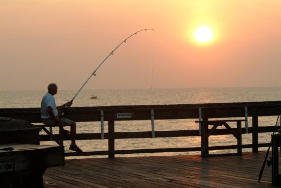 Springmaid Beach Resort & Conference Center: Pier Fishing