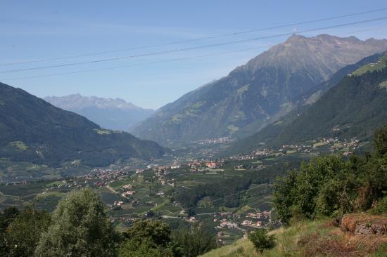 Hotel Maritschhof: Blick auf Dorf Tirol