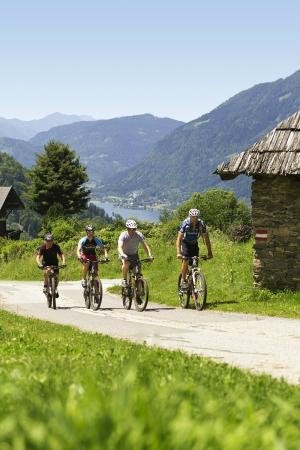 bike riding Landskron