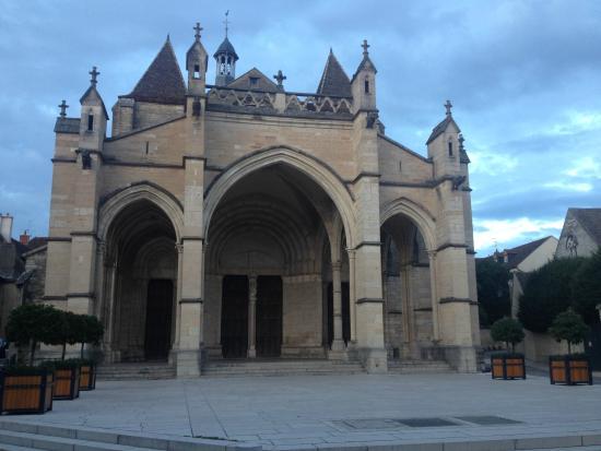 Hôtel Athanor: kathedral