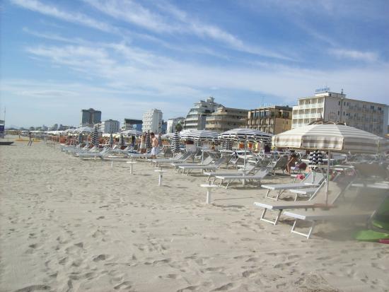 Hotel Rosen Garden : Andere Seite Strandsicht vom Meer aus
