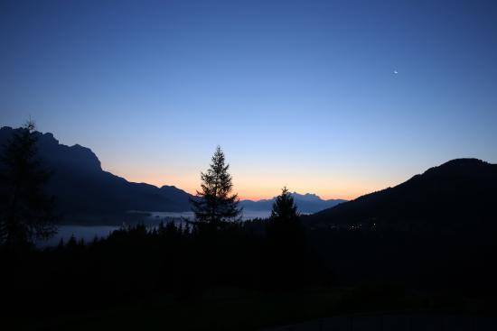 Morgenstund Hat Gold Im Mund Beim Ausfstehen Picture Of