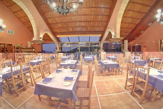 Restaurante Asador el Mirador: Vista central del Salón