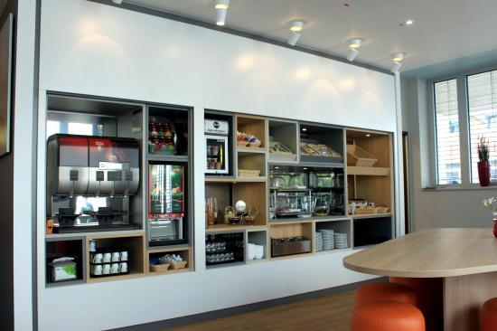 Fr hst ck selbstbedienung ok bild von b b hotel ulm ulm for Designhotel ulm