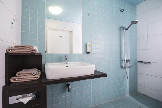 Hotel Grenzfall: Bad Klassikzimmer