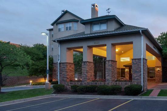 Photo of Homewood Suites by Hilton Kansas City/Overland Park