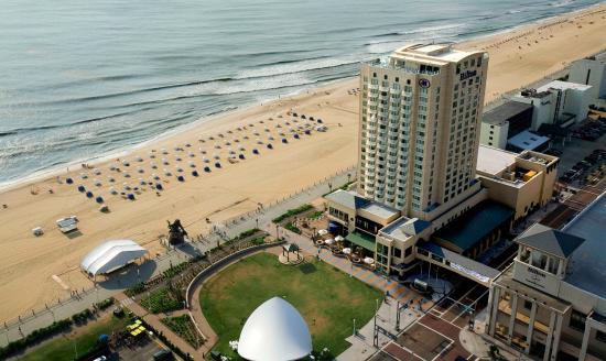 Hilton Virginia Beach Oceanfront $170 ($̶2̶0̶7̶)