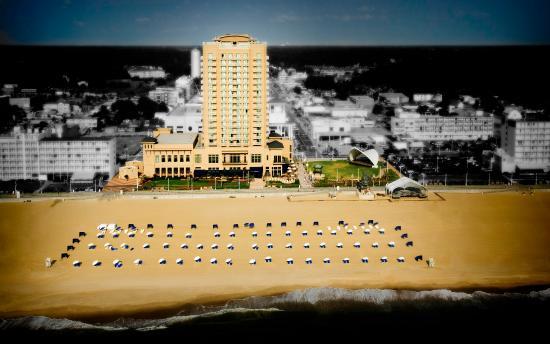 Hilton Virginia Beach Oceanfront: Exterior