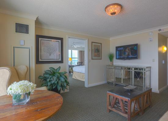 Hilton Virginia Beach Oceanfront: Coastal Suite