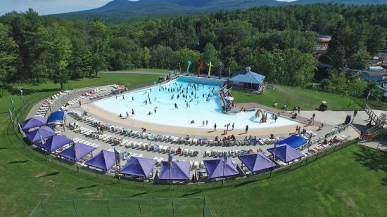 Zoom Flume: Aerial view of Riptide Cove Wave Pool