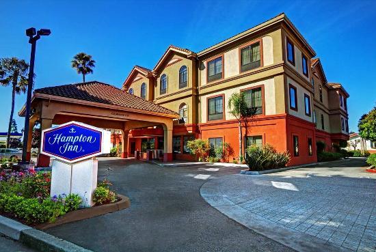 Hampton Inn Santa Cruz: Exterior, Day