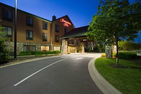 Photo of Hampton Inn Kansas City / Village West